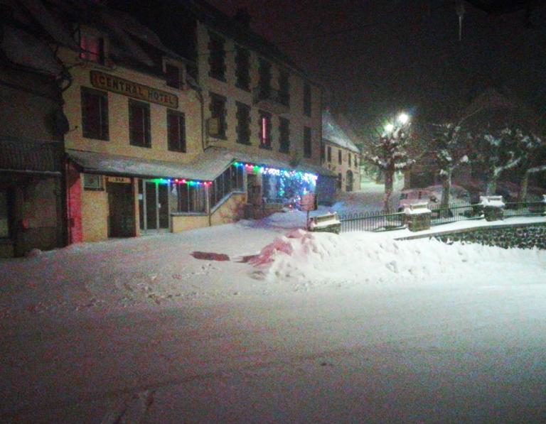 Sous la neige - Nuit